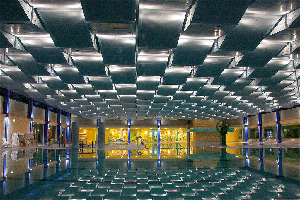 Pool Reflection by Rupert Ganzer under CC